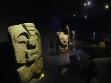 Skulpturen einer fremden Kultur
